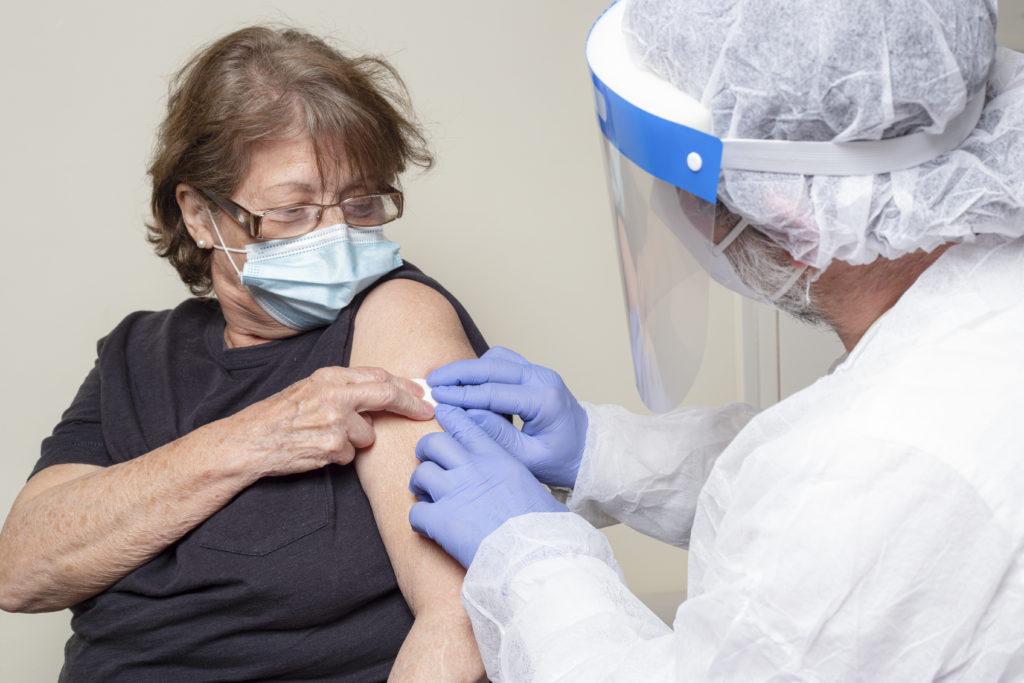 covid vakcina, covid oltás, koronavírus oltás, nagy zoltán, endocare intézet